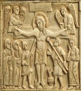 Fara in Sabina (RI), Abbazia di Farfa, La crocifissione, particolare della Cassetta eburnea