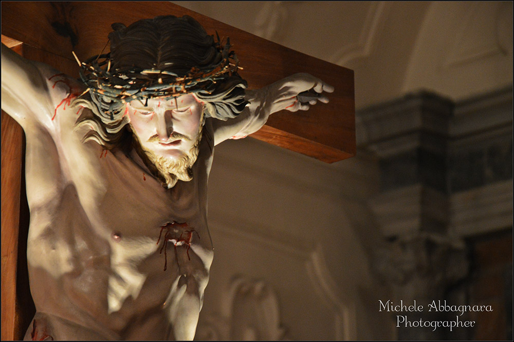 Gesu sulla croce